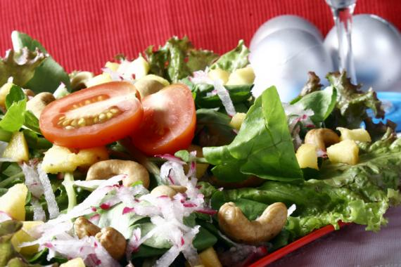 salada-verde-com-rabanete-e-pessego-7-708 (1)