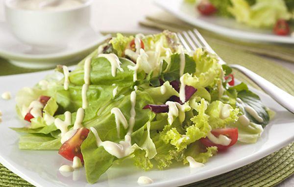 Molho especial completa sabor da salada
