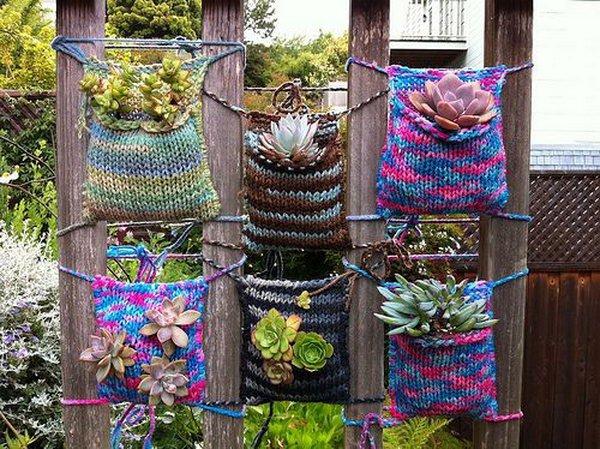 25-crochet-vertical-garden